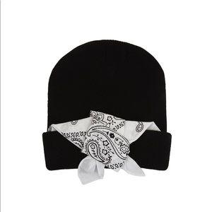 BCBGMAXAZRIA Cuffed Bandana Hat in Black